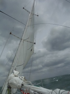 And here we are sailing with no main again...A broken batten.